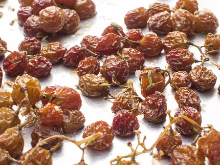 Fennel-Dusted Roasted Grapes with Sea Salt